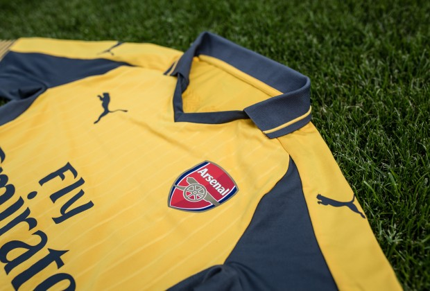 arsenal away 2